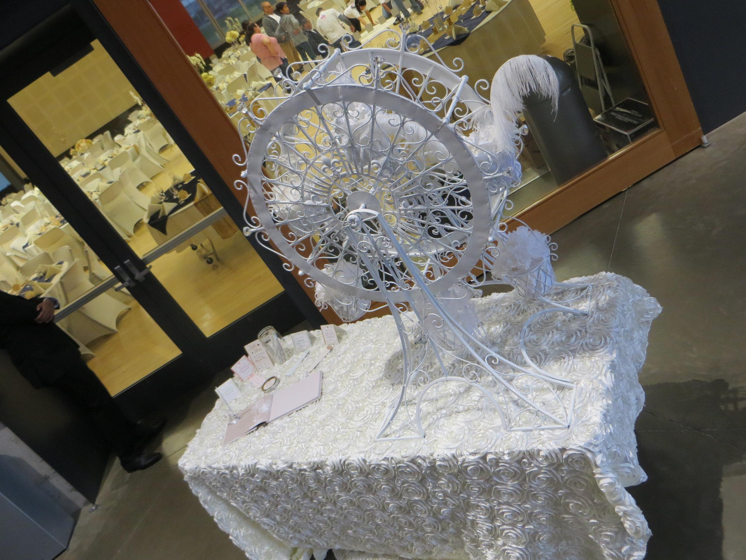 martin welcome table and ferris wheel.JPG