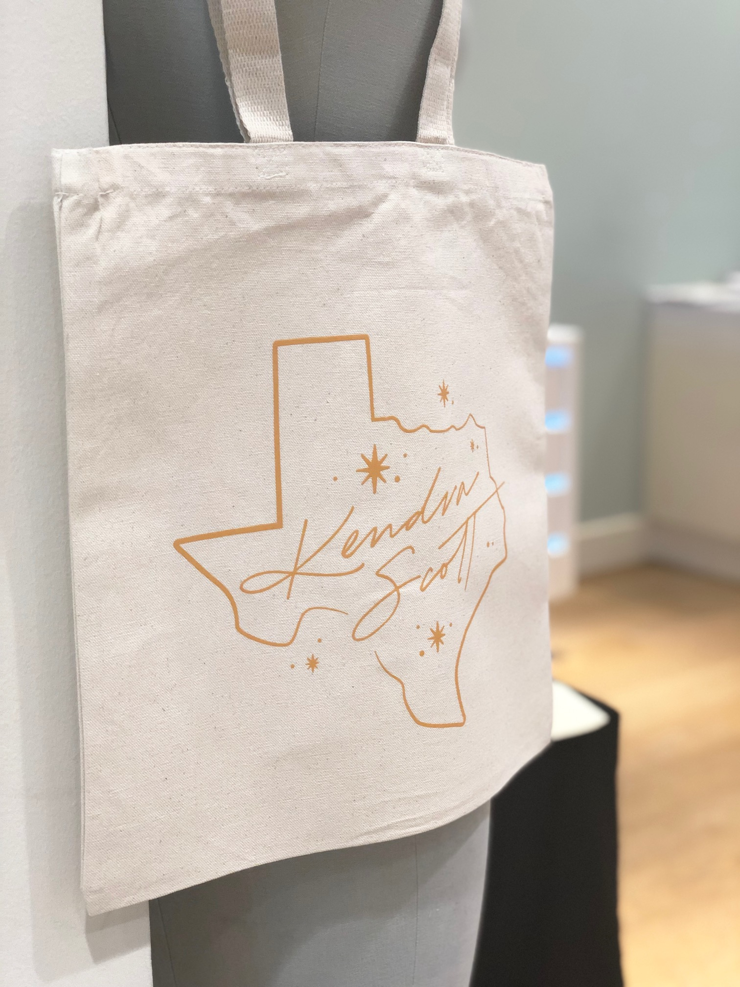 Kendra Scott Texas Design