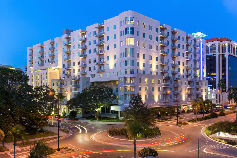 One Palm Night Streetscape