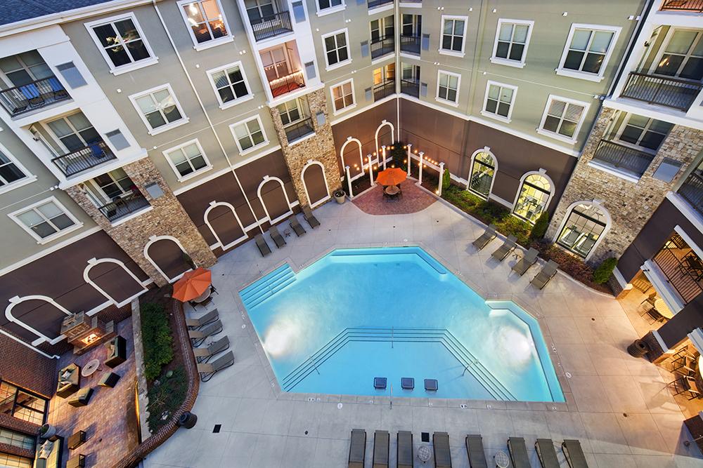 Alta Glenridge Pool