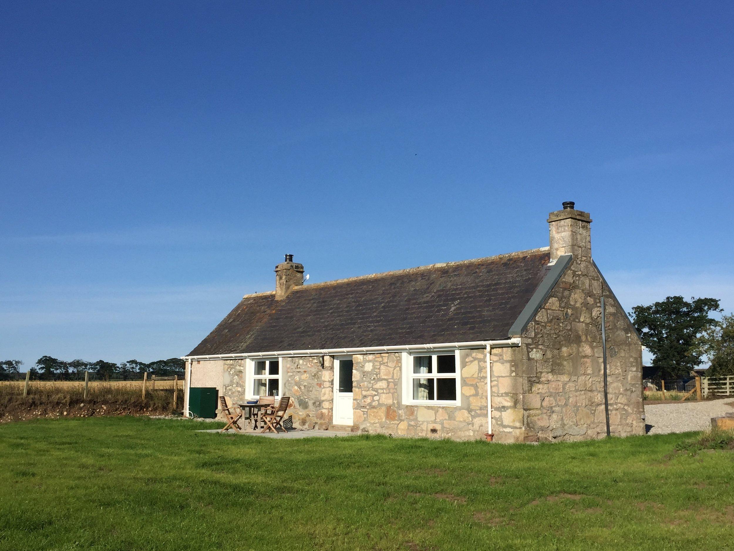 Cottage - 1.JPG