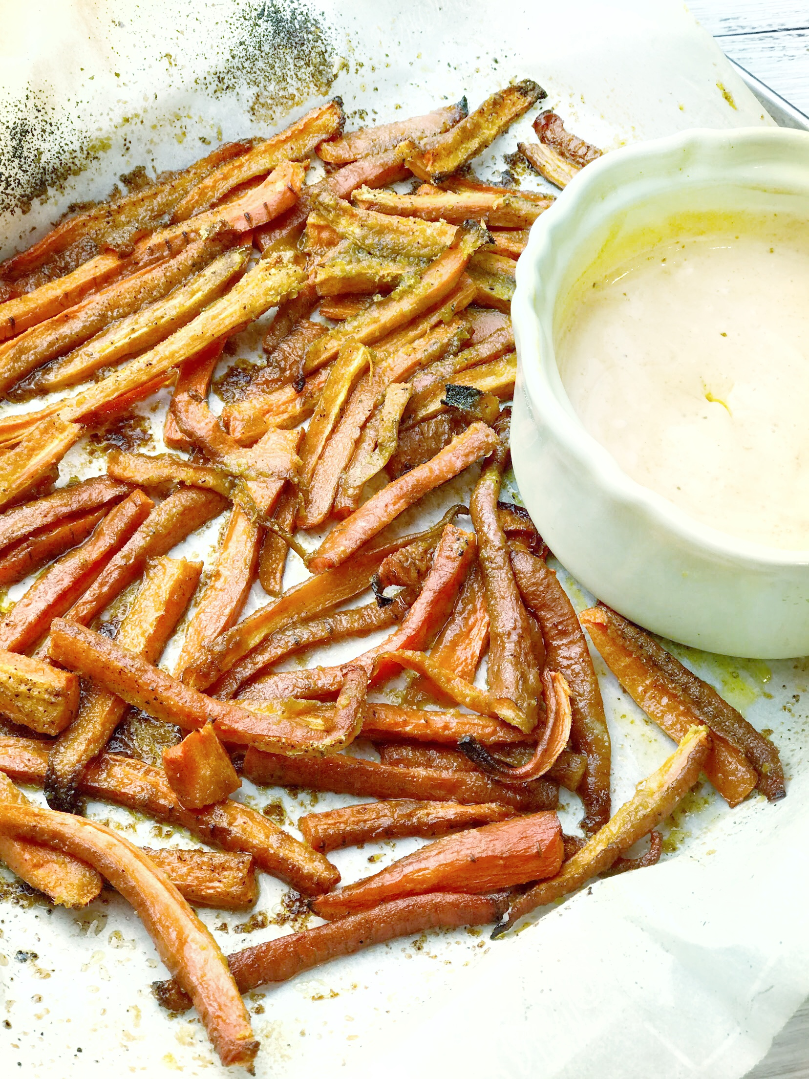 Crispy Carrot Fries with Garlic Dipping Sauce