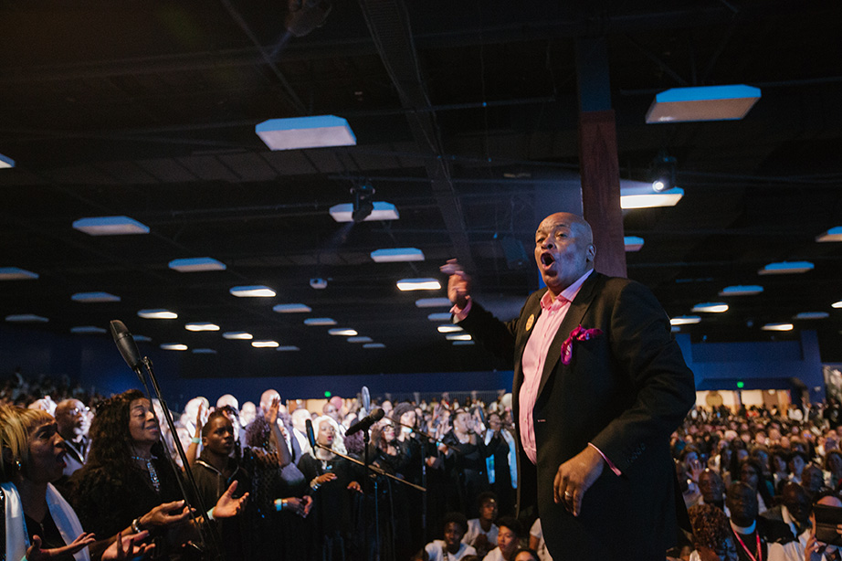 Emmy Award Winning Director and Producer A. Curtis Farrow lead the 500 voice choir