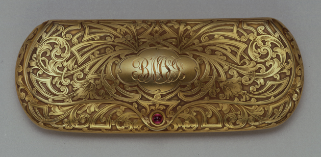 Spectacle case, 1908 Bernard M. Shanley, Jr. Company Gold and ruby, 1 ¼ x 1 5/8 x 4 ¾ in. Gift of Mrs. William L. Dempsey, 1980 80.42A,B