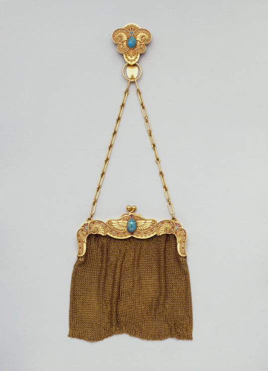 Mesh purse and belt hook in the Egyptian style Sloan & Co., Newark, 1896-1910 Gold, enamel, turquoise Purchase 1996 Friends of the Decorative Arts 96.21