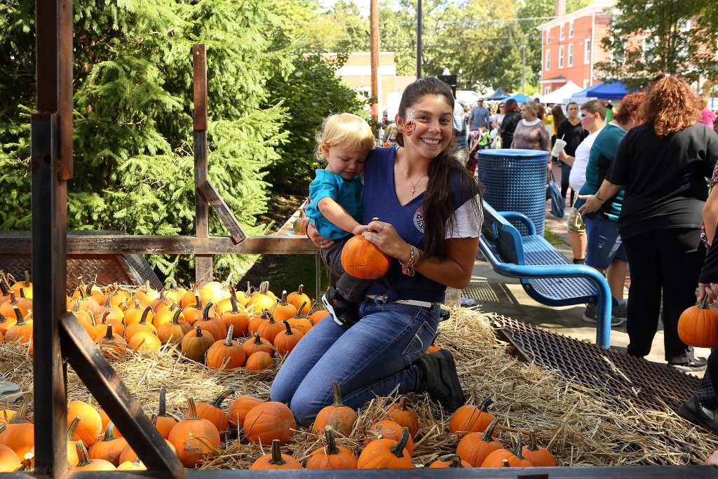 Pumpkin_Picking_2017-1024x683.jpg