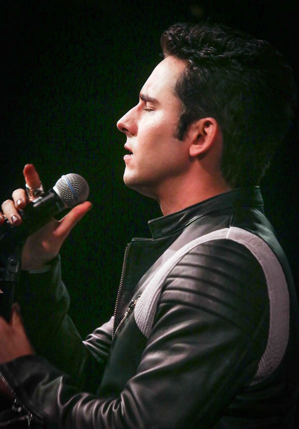 John Lloyd Young at Cafe Carlyle in 2016. Photo by Stephen Sorokoff.