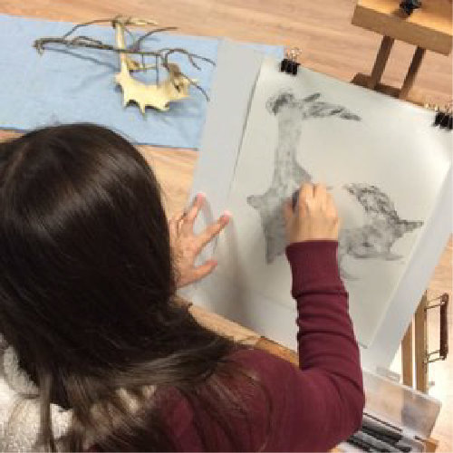 Visual Arts - The visual arts thrive in the play between the studio and the surrounding nature.Our immersive courses will refine your perception and transform your skills.