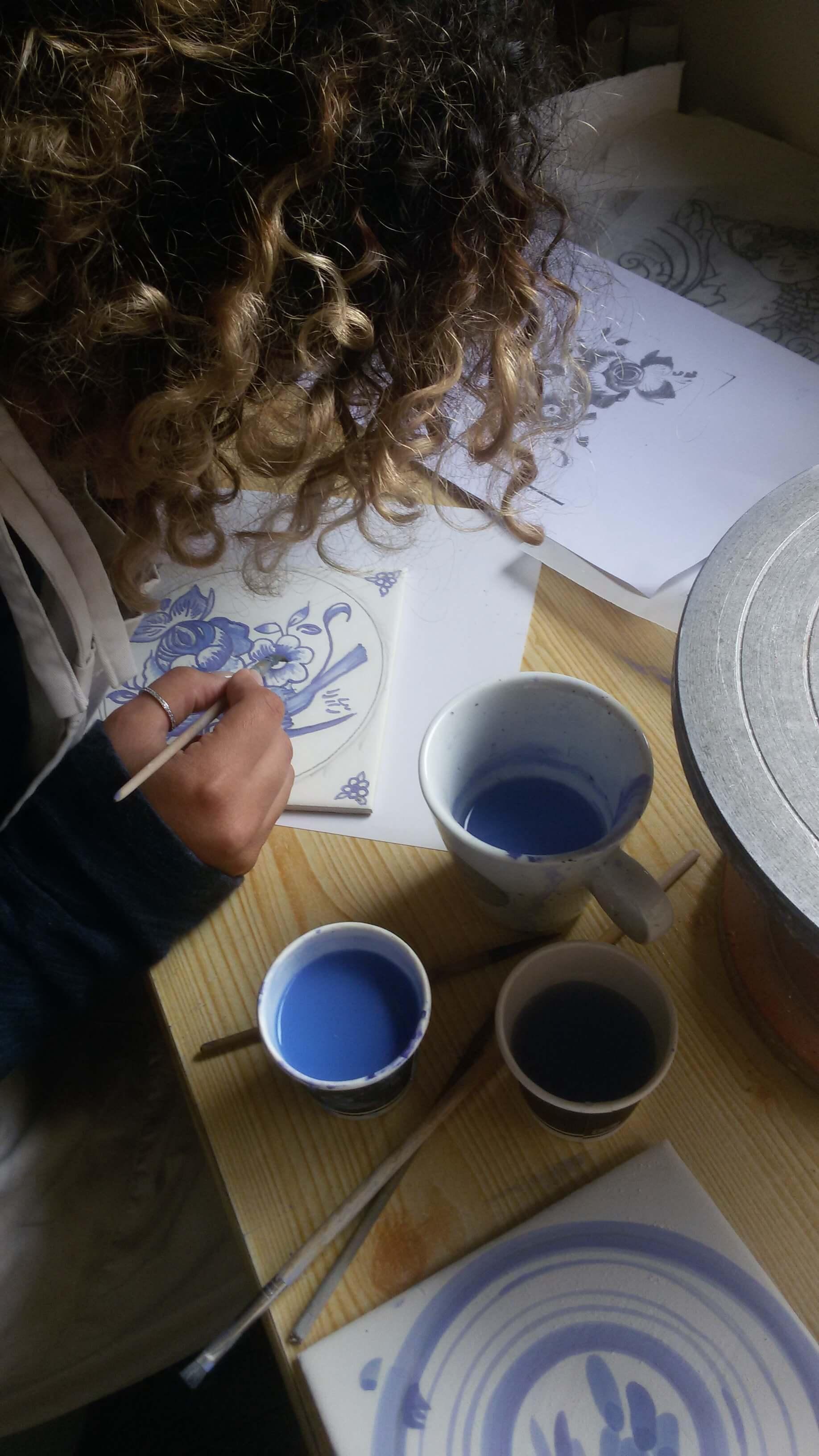curso-pintura-sobre-azulejo9.jpg