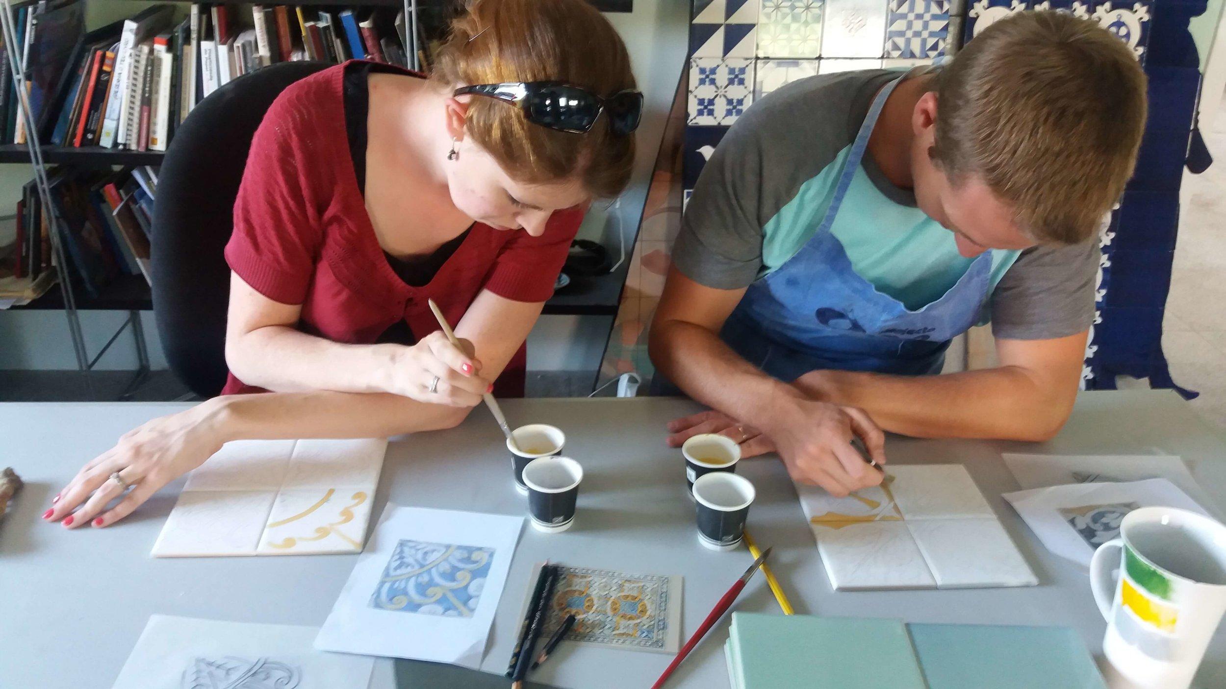 curso-pintura-sobre-azulejo10.jpg