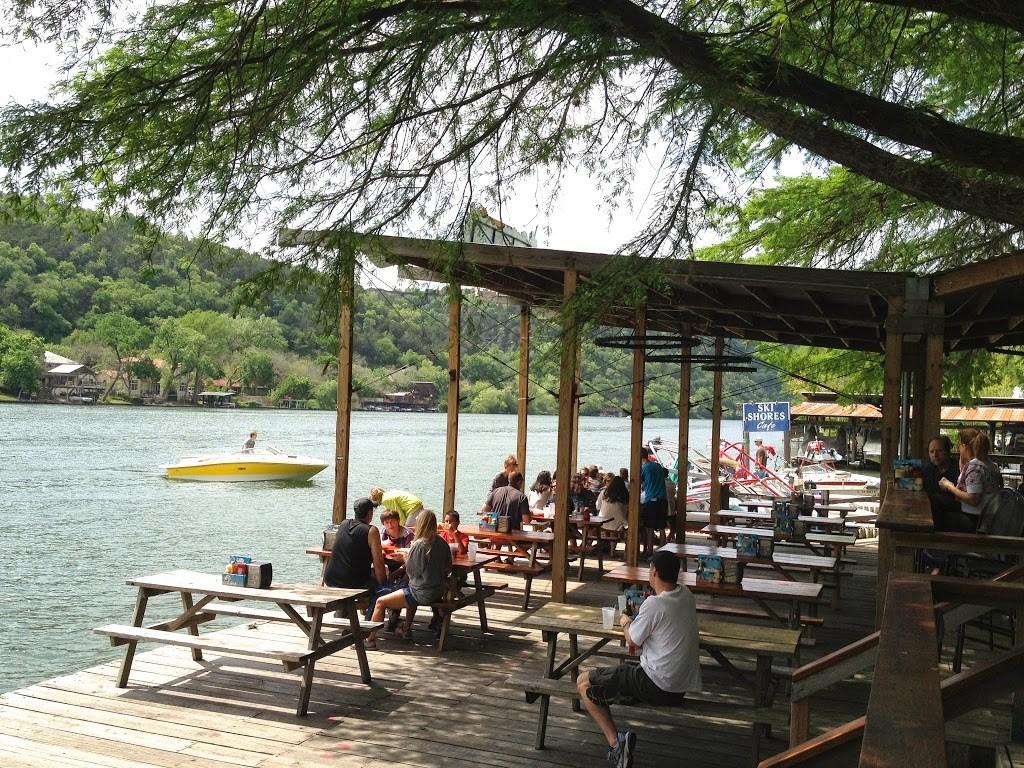 Ski Shores Waterfront Cafe