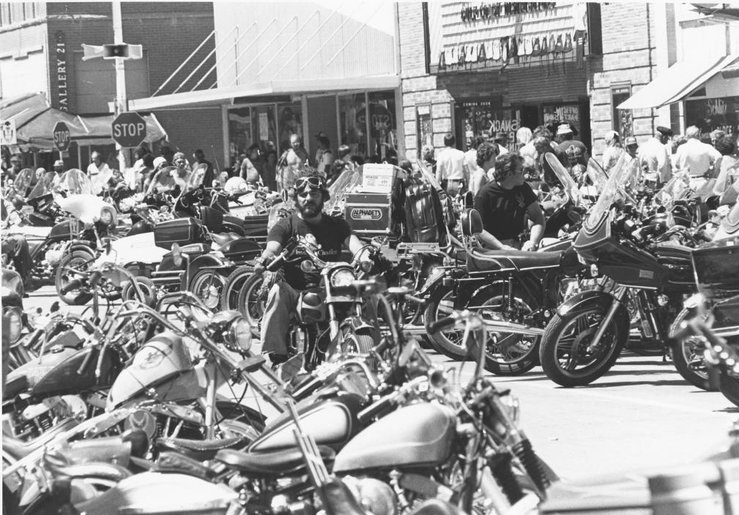 downtown_sturgis_rally%2Bunk%2B80s.jpg