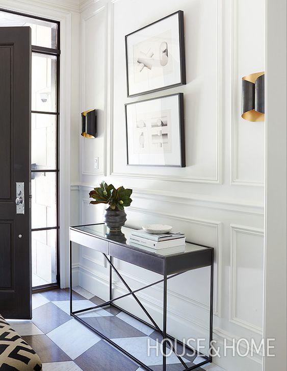 minimalism entryway.jpg