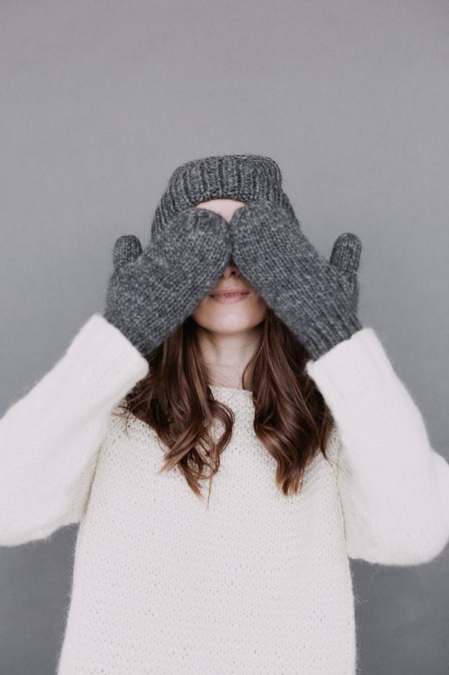 bonnet-cold-fashion-735307.jpg