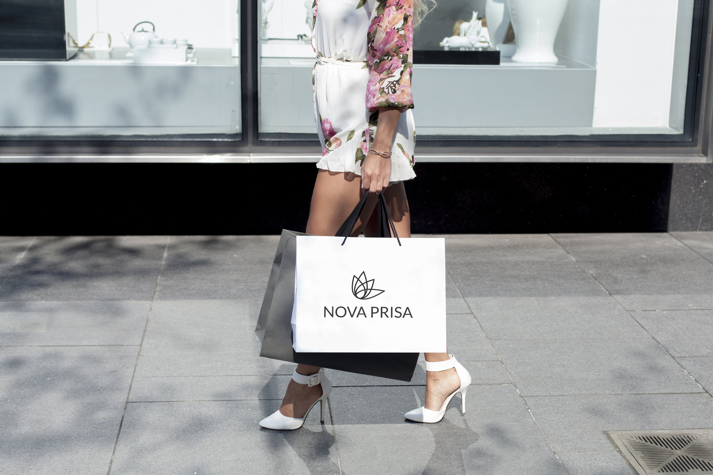 Nova Prisa Shopping Bag.jpg