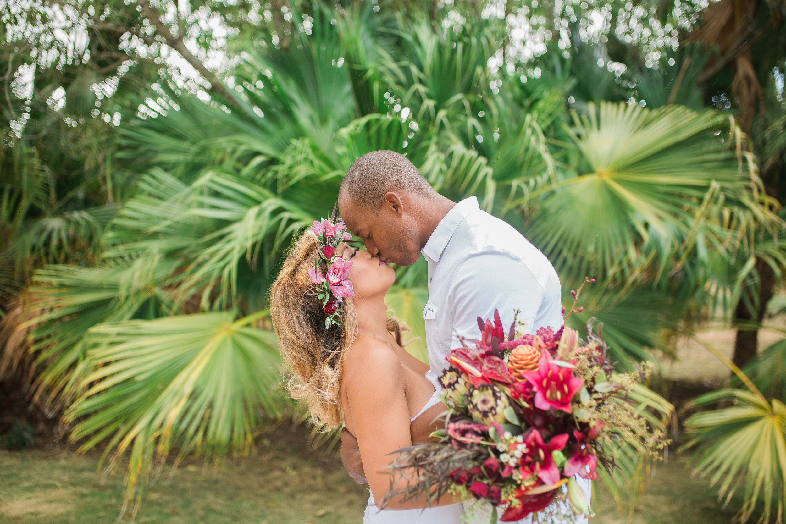 Copy of Tropical Styled Shoot_ Dillingham Ranch_ Vanessa Hicks Photography-2586.jpg
