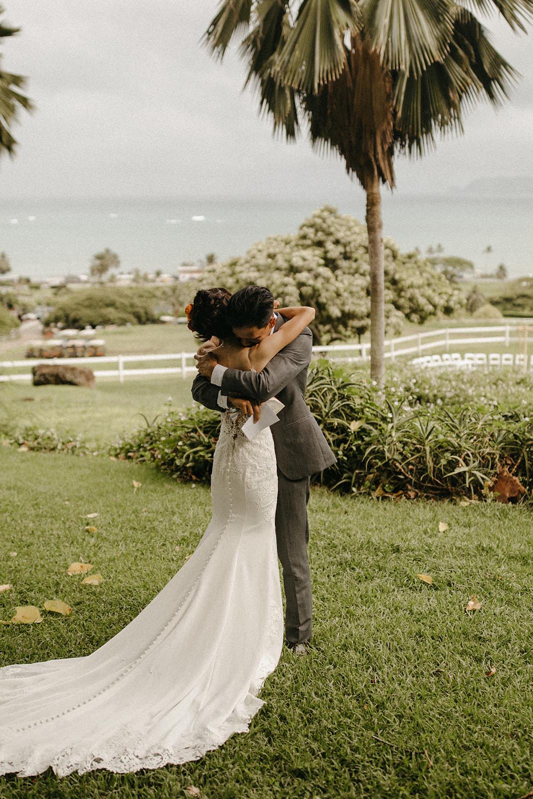 Kualoa_Hawaii_wedding_paliku.jpg