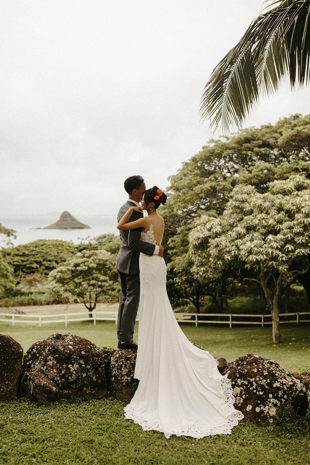 Kualoa_Hawaii_wedding_paliku_4.jpg