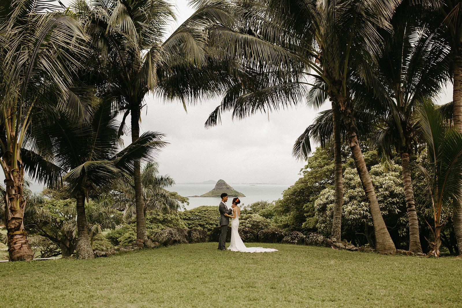 Kualoa_Hawaii_wedding_paliku_3.jpg