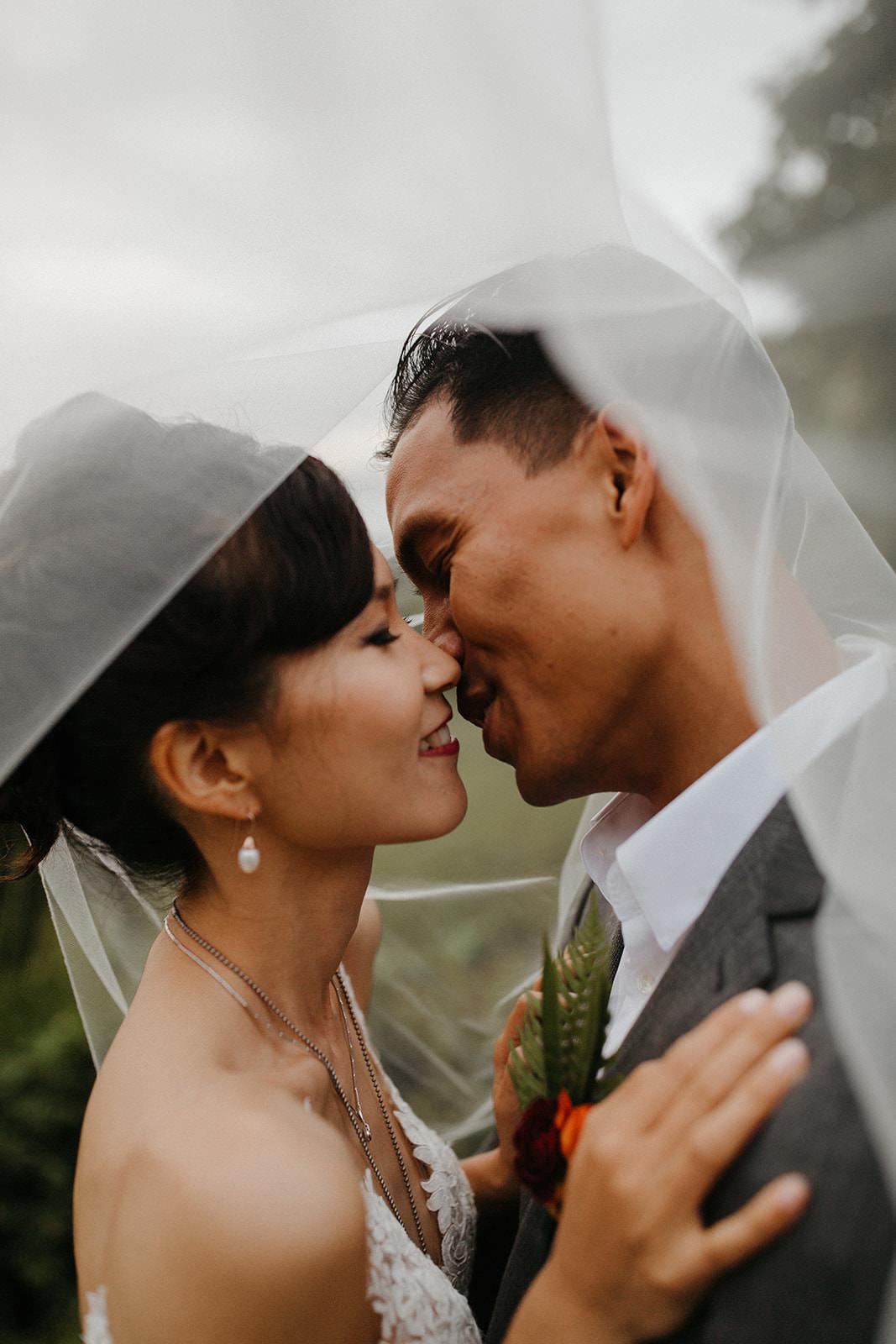 Kualoa_Hawaii_wedding_paliku32.jpg