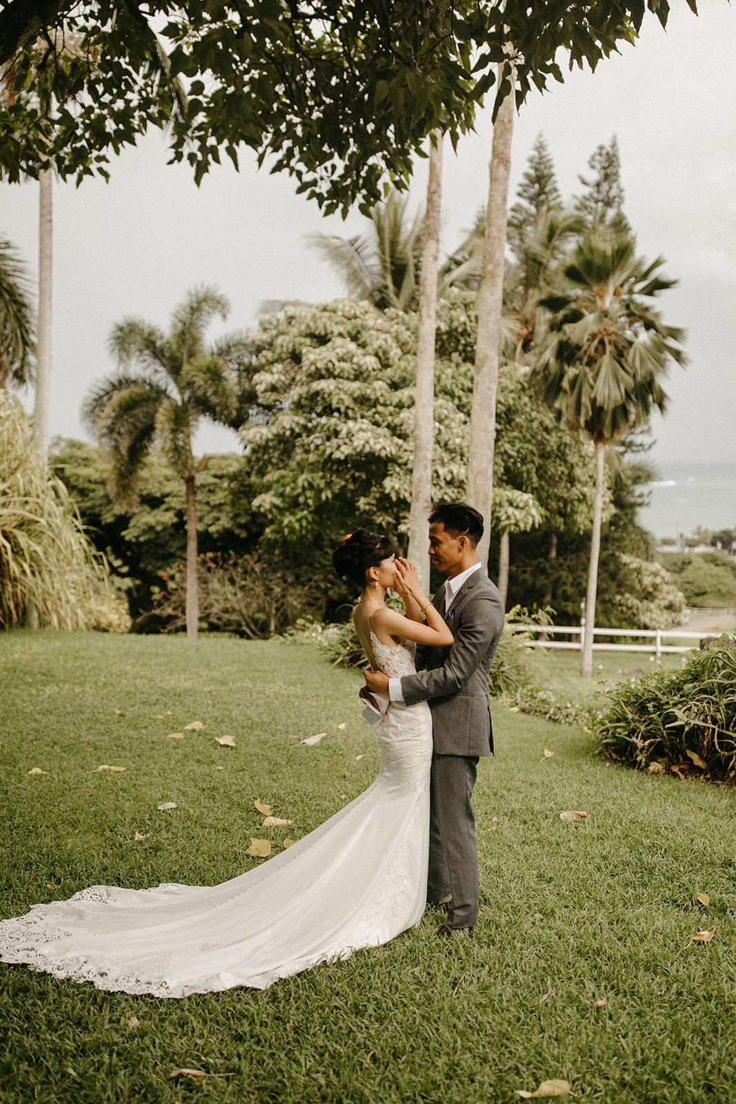 Kualoa_Hawaii_wedding_paliku_2.jpg