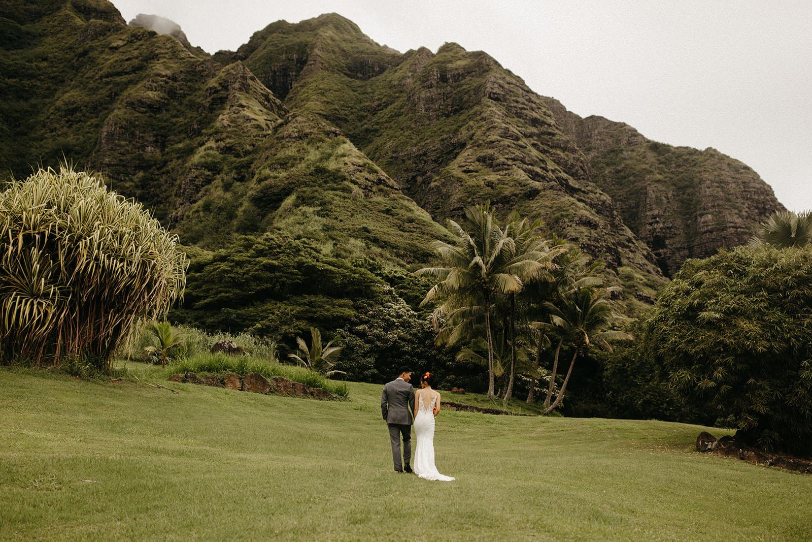 Kualoa_Hawaii_wedding_paliku_5.jpg