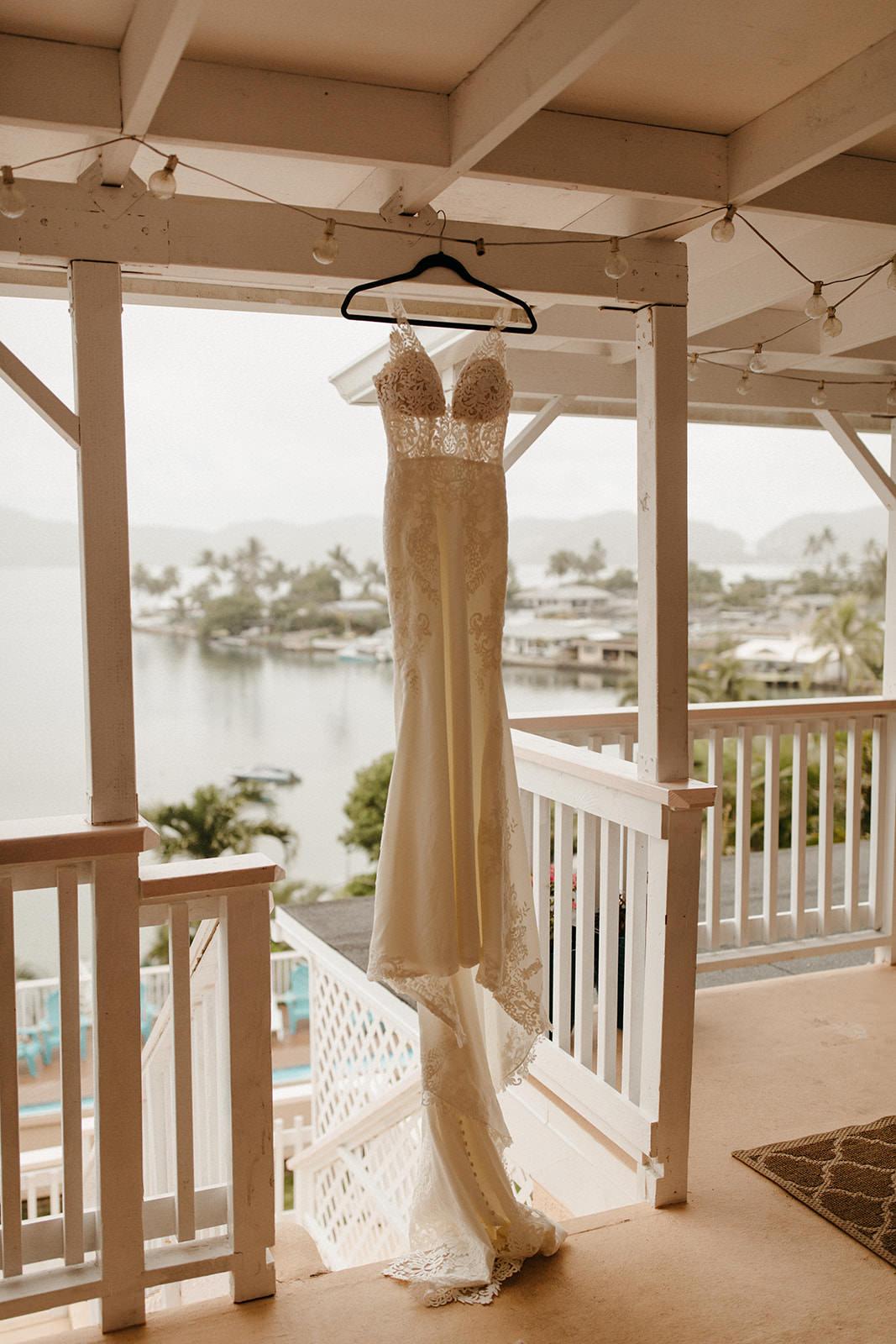 Kualoa_Hawaii_wedding_paliku10.jpg