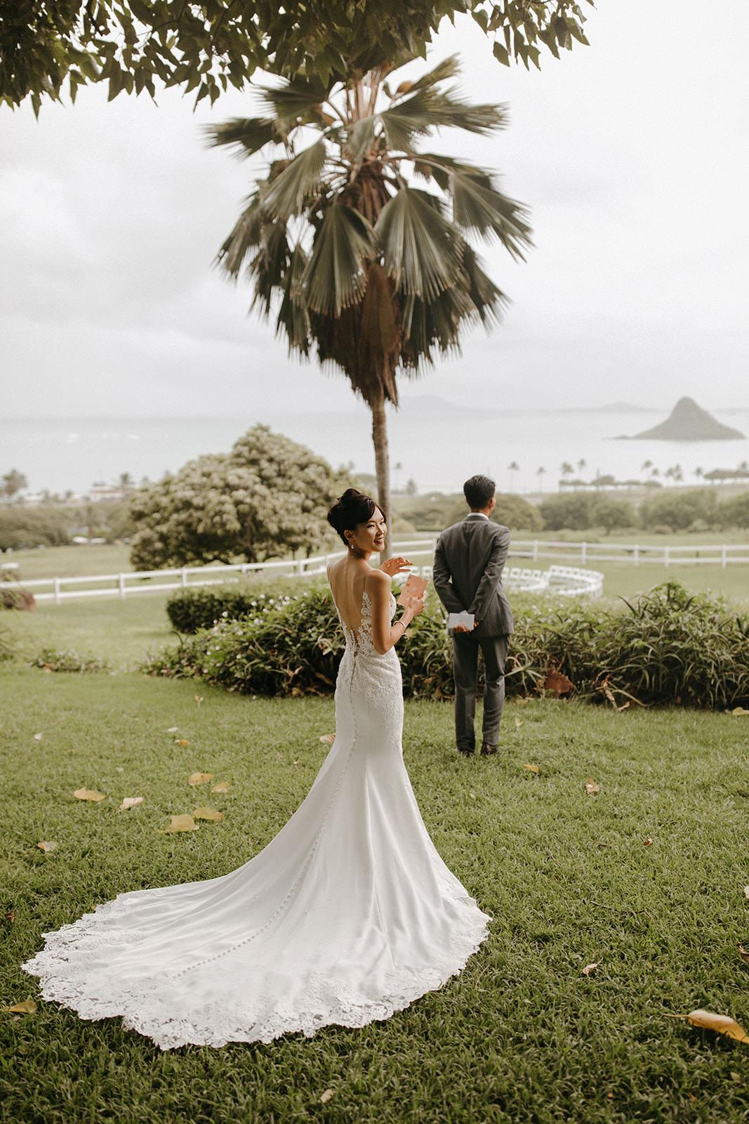 Kualoa_Hawaii_wedding_paliku17.jpg