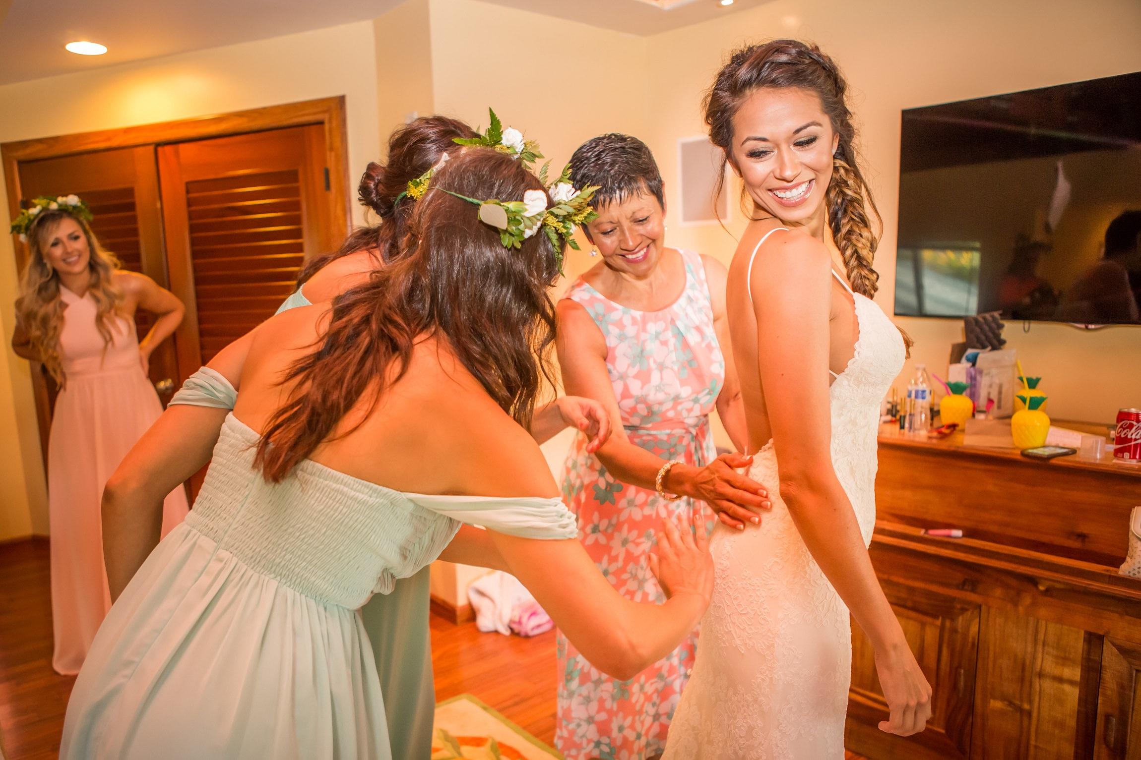 Angelica and Tyler's tropical wedding 7.jpg