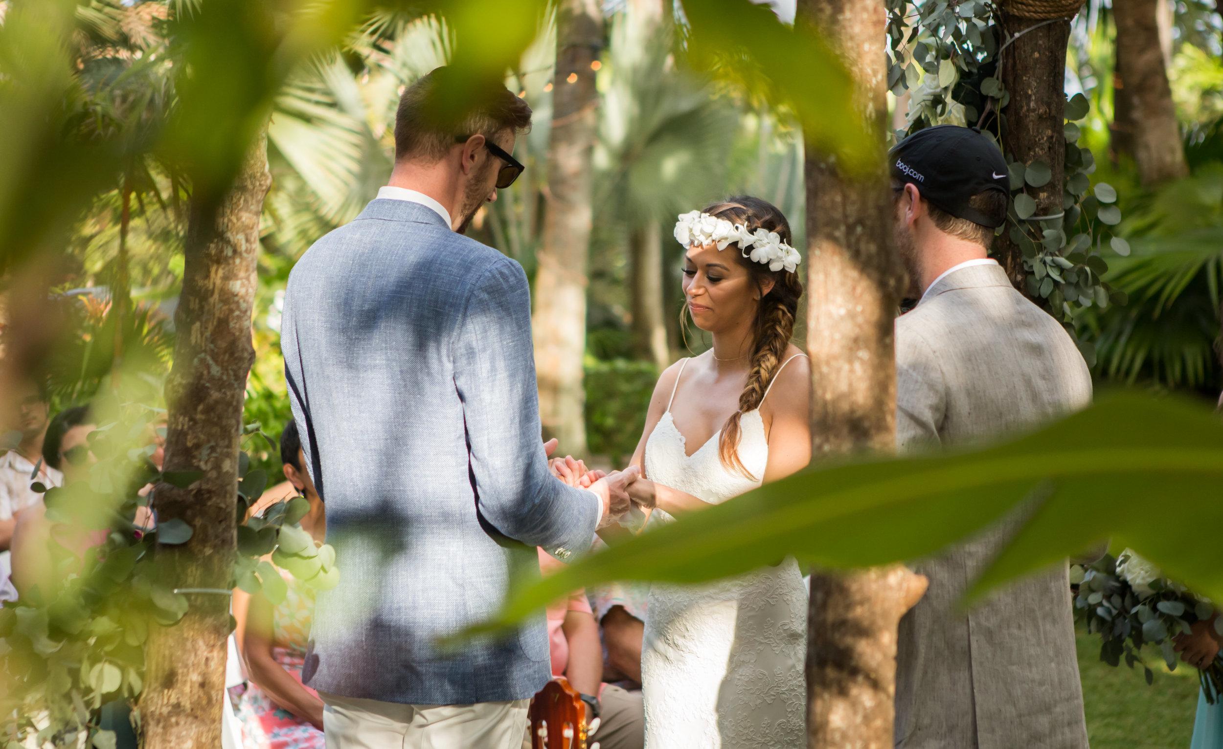 Angelica and Tyler's tropical wedding 15.jpg