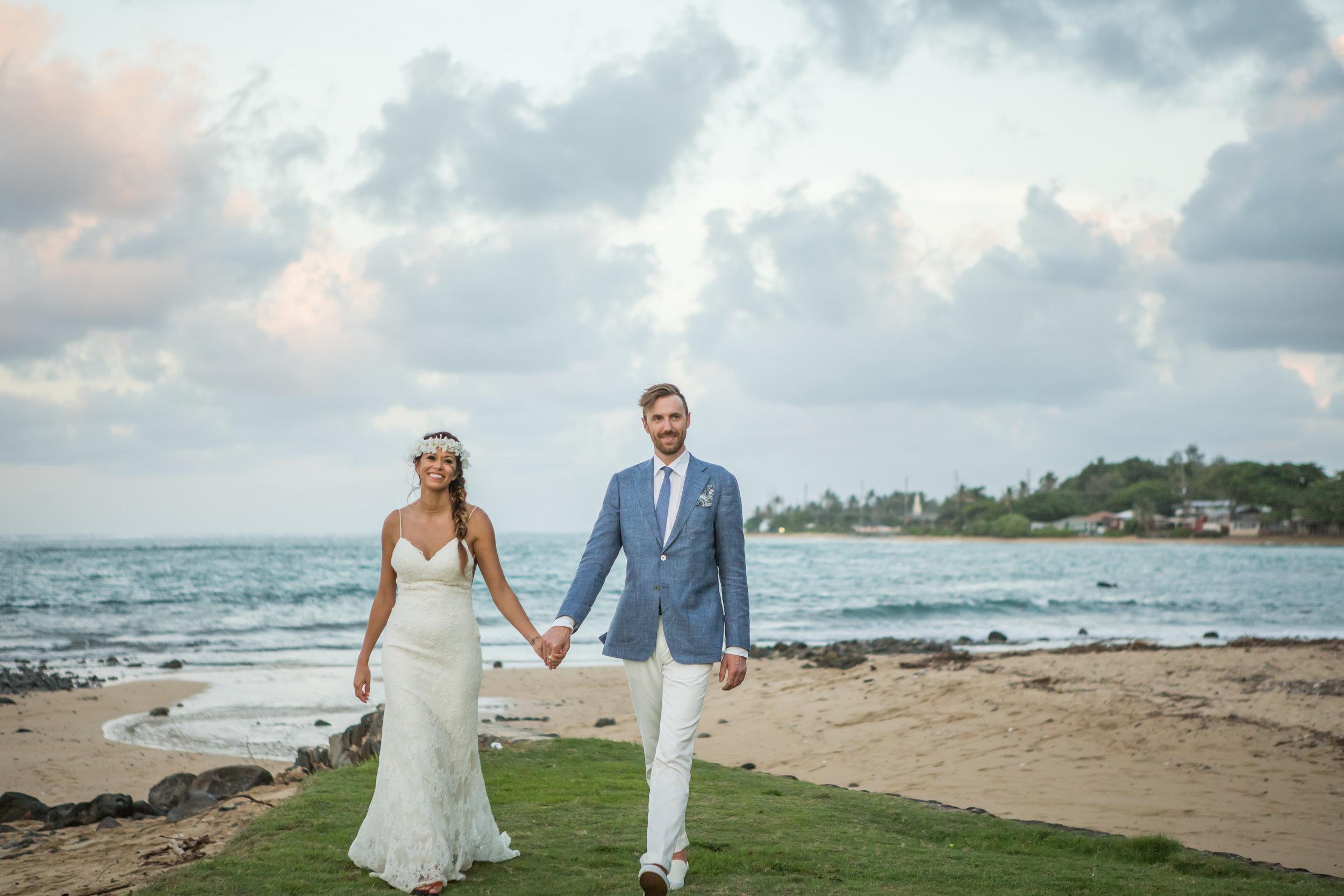 Angelica and Tyler's tropical wedding 25.jpg