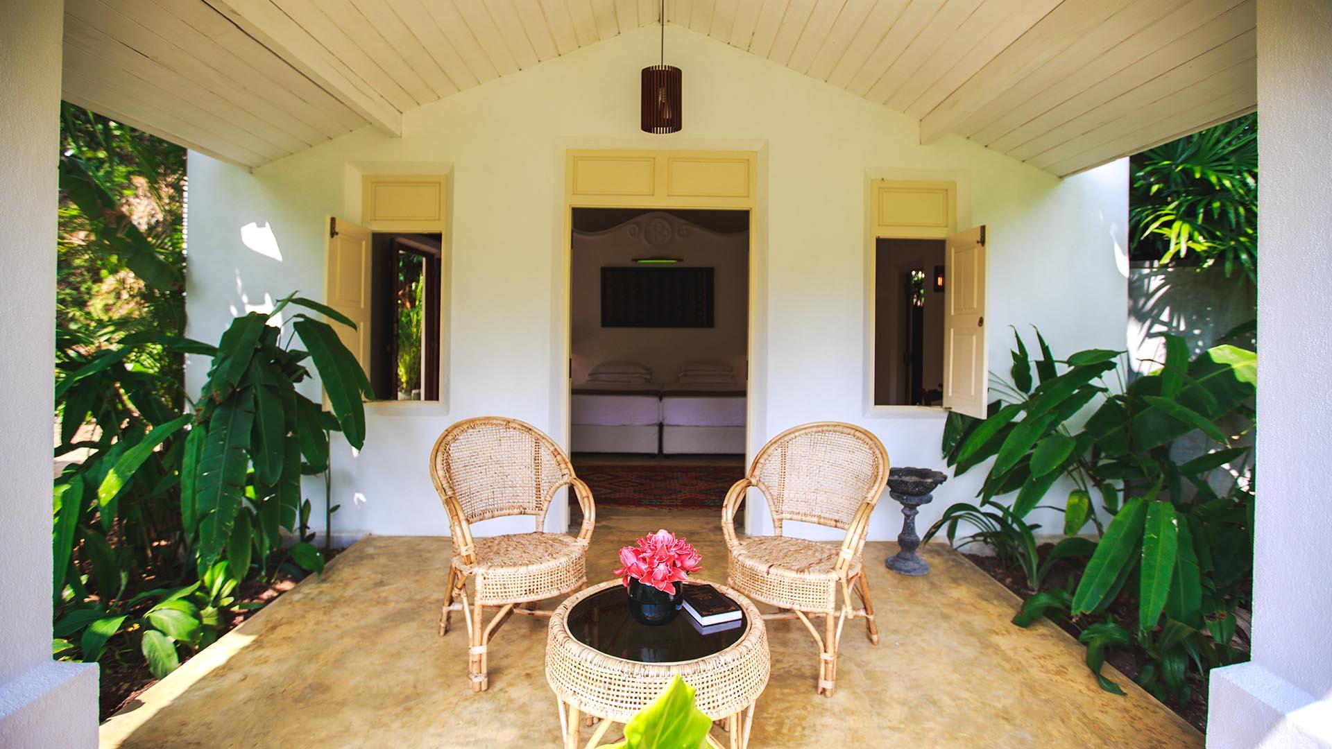 Thalduwa_villas_villa_karmel_honeymoon_suite_thalduwa_villas_villa_karmel copy 3.jpg