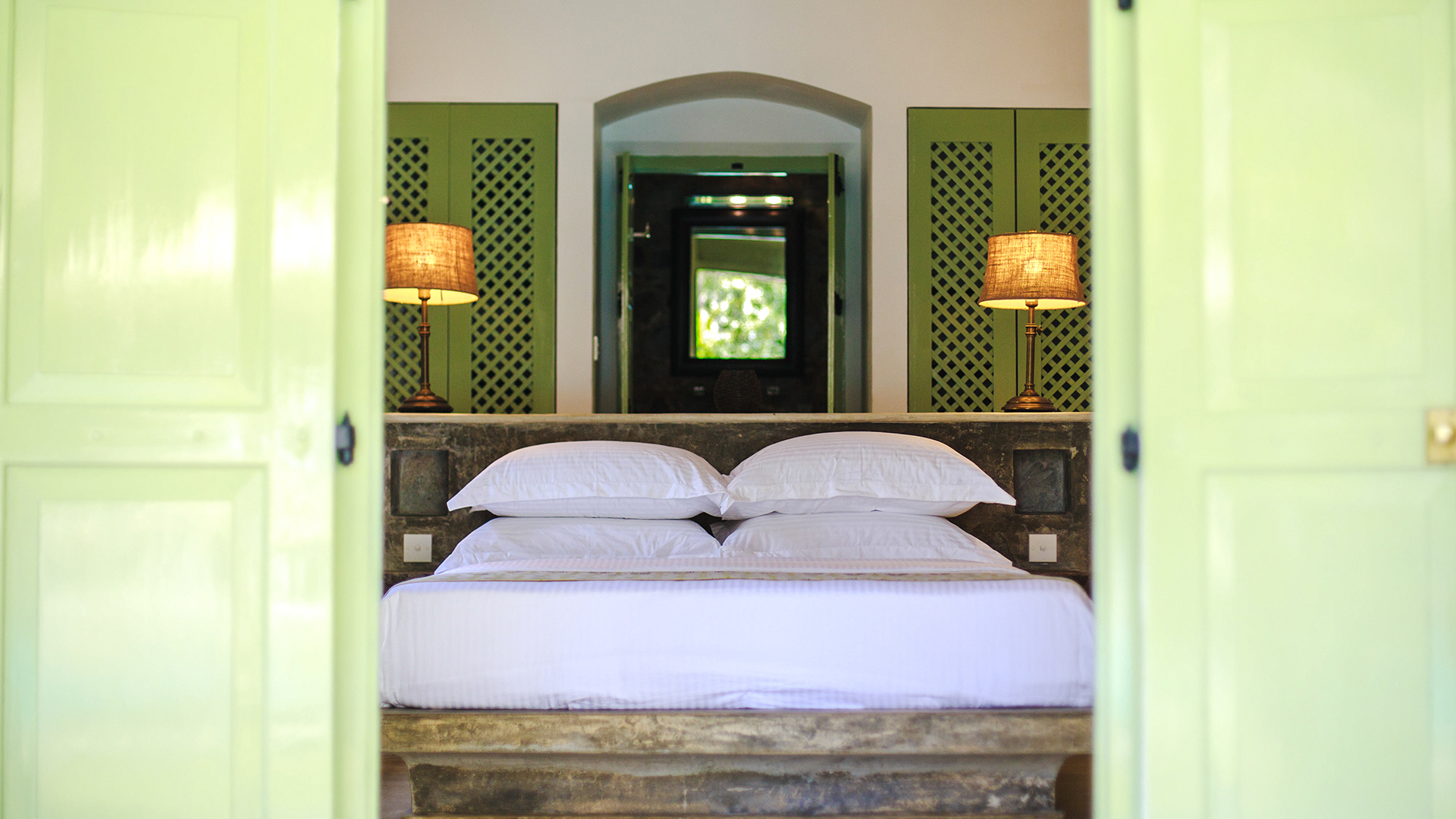 Sri_lanka_holiday_villa_gab_family_honeymoon_suiteArtboard 1 copy 3_1.jpg