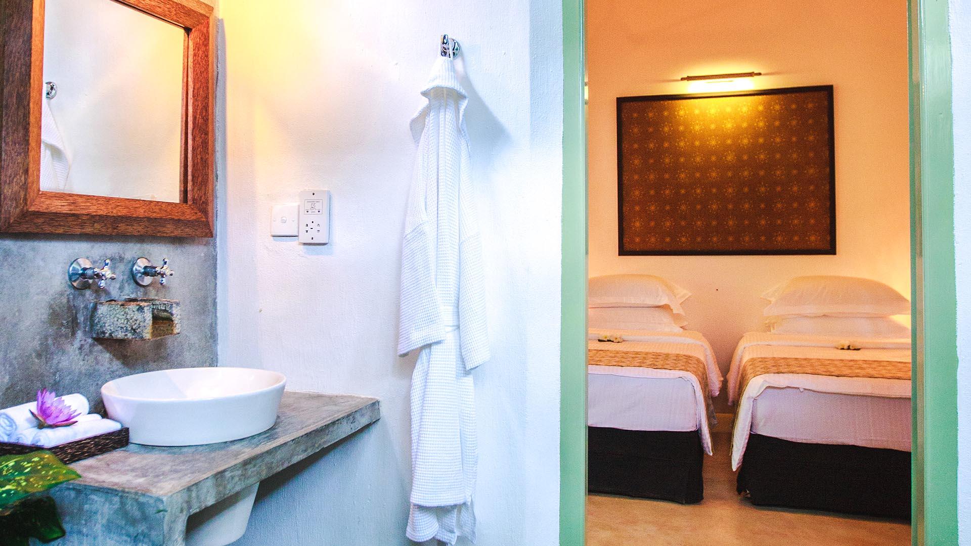 Sri_lanka_holiday_villa_gab_family_suite05.jpg