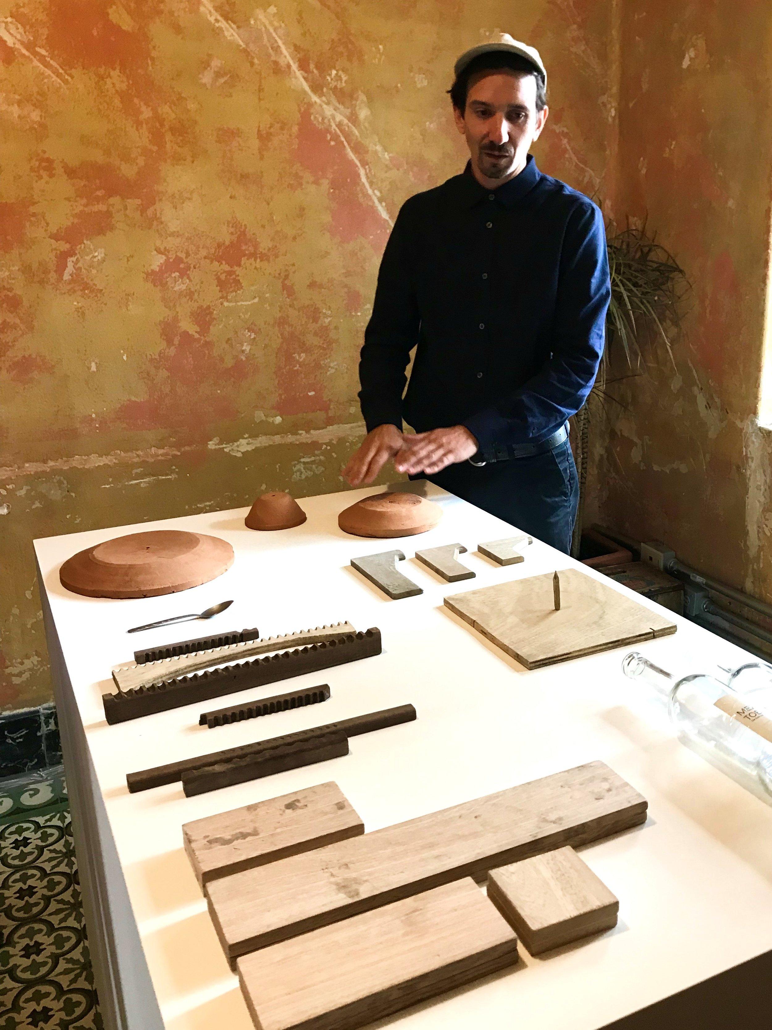 El ceramista y ganador del Swiss Design Award Laurin Schaub en Casa Wabi 2018