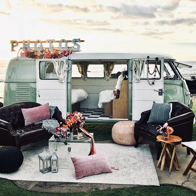 Dream location! @fairmontorchid @fairmontorchidweddings @hawaiiislandevents @graceflowershawaii @alohiki @mewtant @alohasplitty @fletchphotography . . . . . . #alohasplitty #photobus #hawaiiphotobus #hawaiiphotobooth #hawaiiboothbus #boothbus #photobushawaii #hawaiiweddingphotographer #hawaiiparty #stylemepretty #stylemeprettyweddings #pacificweddings #luxuryphotobooth #classicvwbus #vwbuslove #vwsplitscreen #vwsplitty #splitwindow