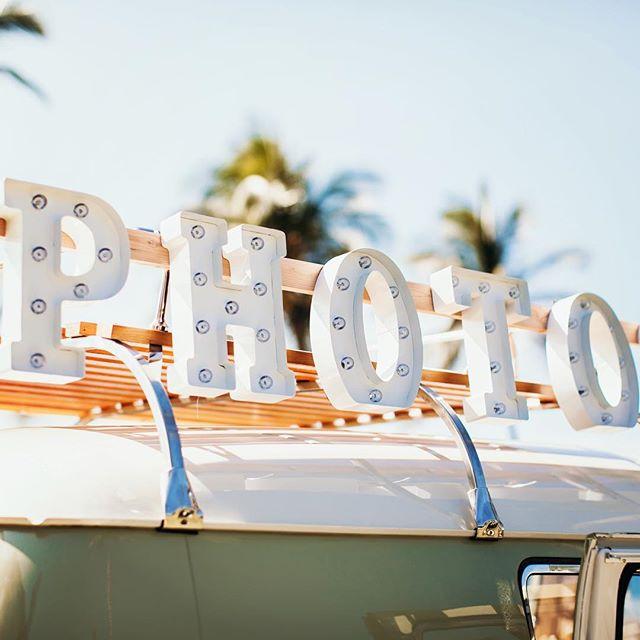 '56 Photo Bus! @fletchphotography #alohasplitty . . . . . #bigislandphotobus #photobus #hawaiiphotobus #busbooth #vintagephotobooth #luxurylifestyle #hawaiiphotographer #hawaiievents #vwbus #classicphotobooth #vwsplitscreen #vwsplitwindow #happyday