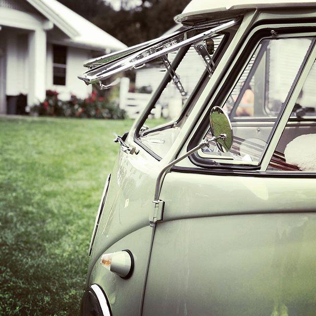1956 air conditioning! @alohasplitty @fletchphotography @annaranchwedding . . . . . #alohasplitty #photobus #hawaiiphotobus #hawaiiboothbus #vwbuslove #vwsplitscreen #dreamlife #vwphotobus #classicphotobooth #vintagephotobooth