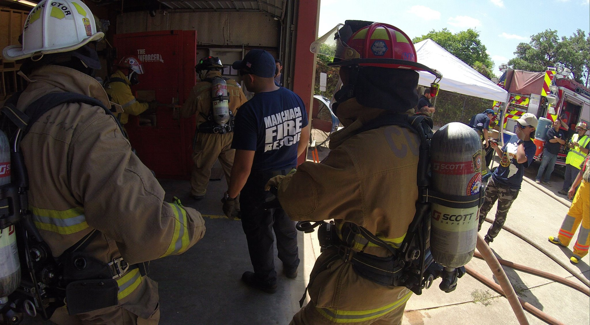 I'm interested in volunteering as a first responder. What training do you require?                                                                               - We are only able to accept volunteers that have current TCFP Firefighter  Basic and TDHS EMT certification due to our auto-aid agreement with the  Austin Auto Aid Coalition.