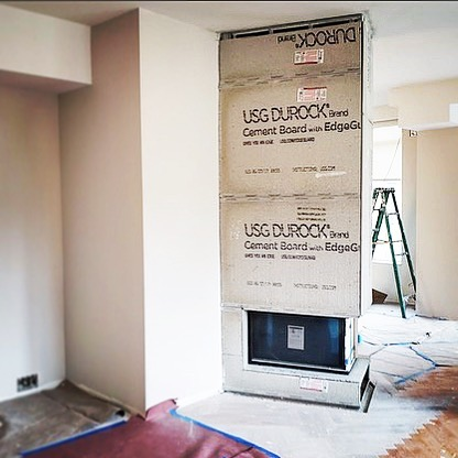 Happy to see the Ortal Space Creator 75 getting installed in a Manhattan apartment this week! . . #ortal #igneferronyc #gasfireplace #newyorkarchitect #approvedinnewyorkcity #carllanaforigneferronyc