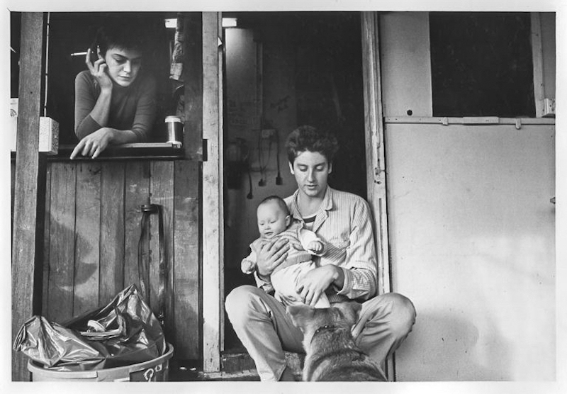 Family under threat. Point & Scott Sts. Eviction of squatters. 1988, City of Sydney,