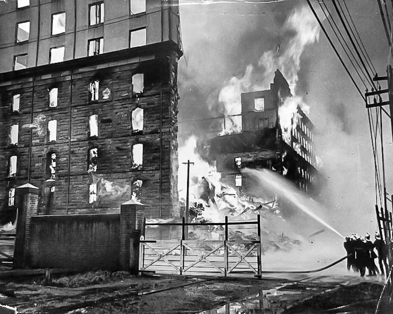 Goldsbrough Mort No.1 store, fire 1935