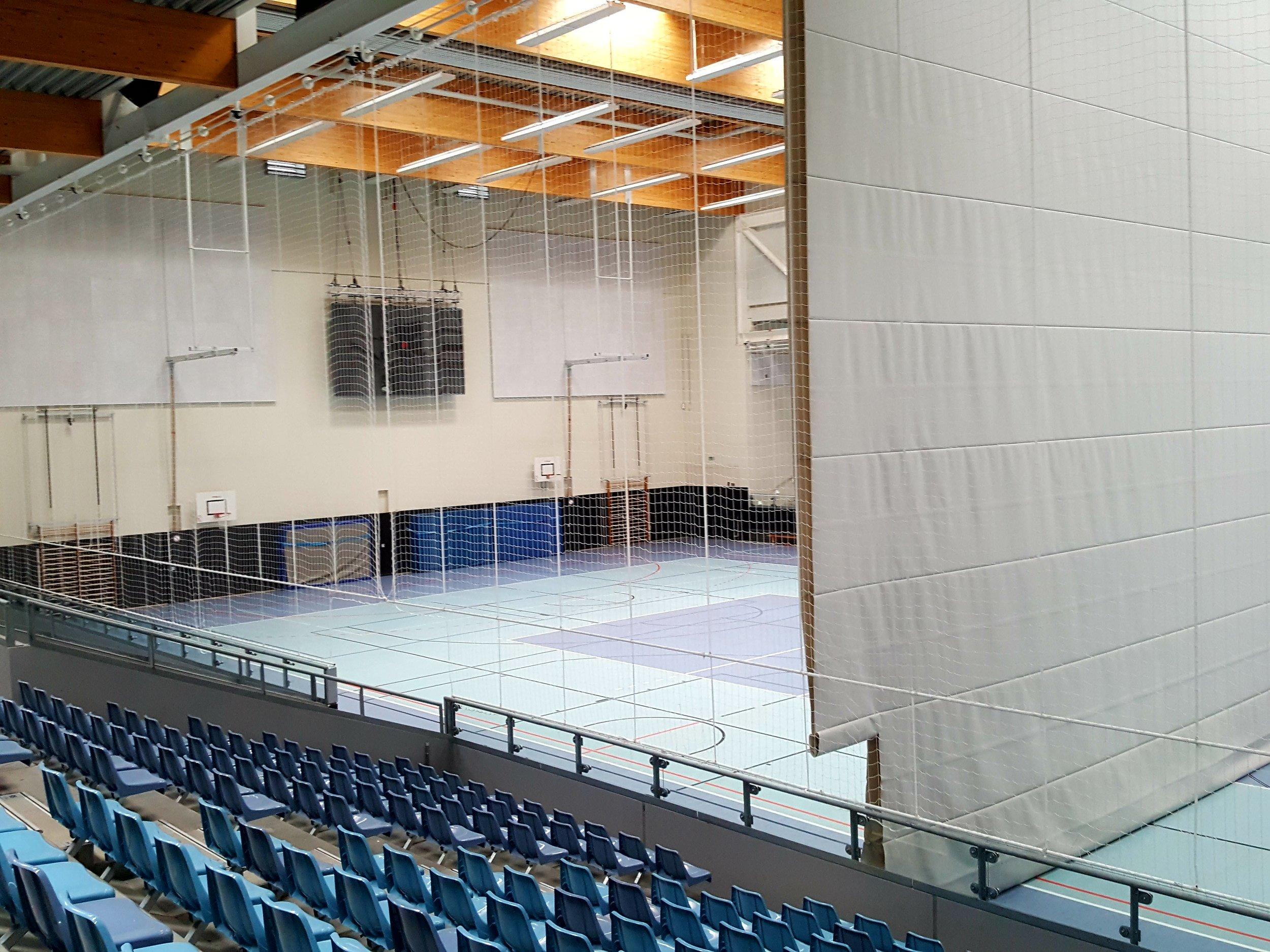BGZ Süderelbes store nye arena. Et lidt trist byggeri med masser af spildplads  Foto: Henrik H. Brandt