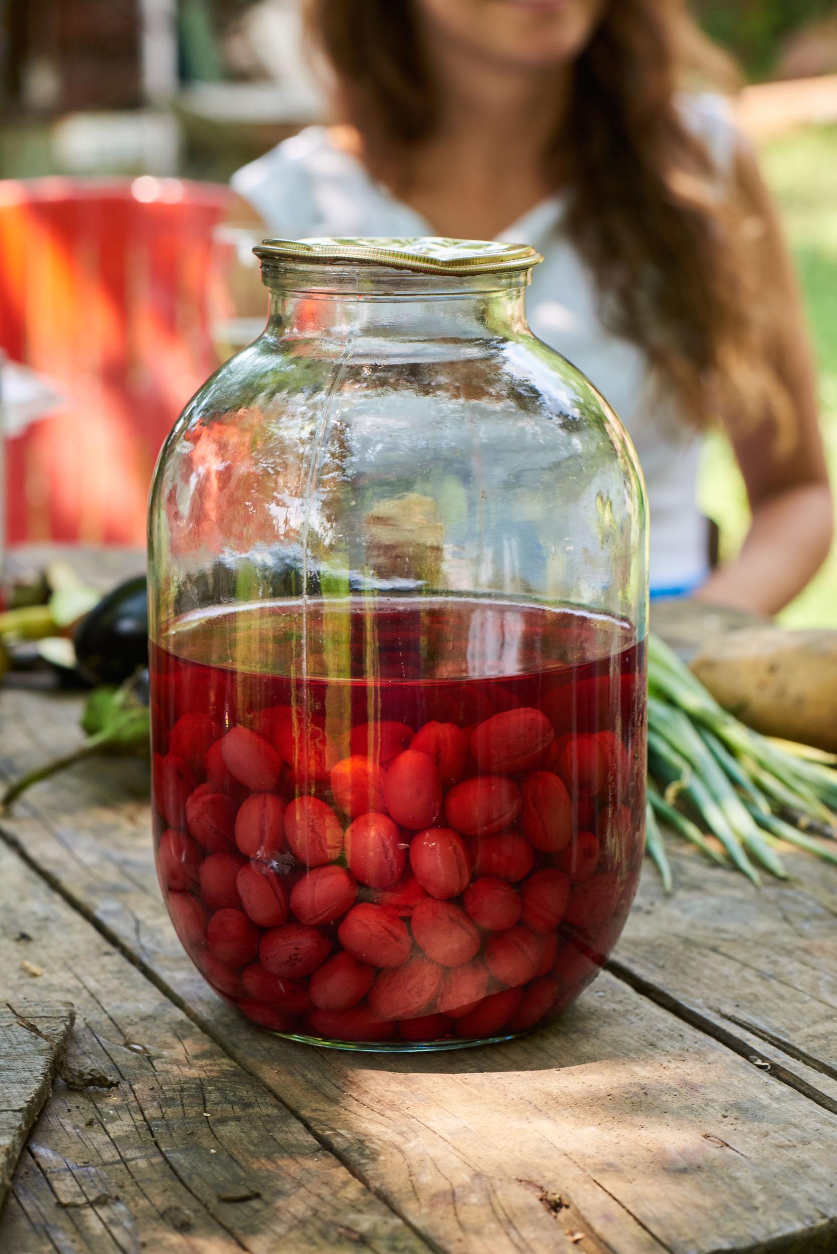 Cornelian Cherry kompot.jpg