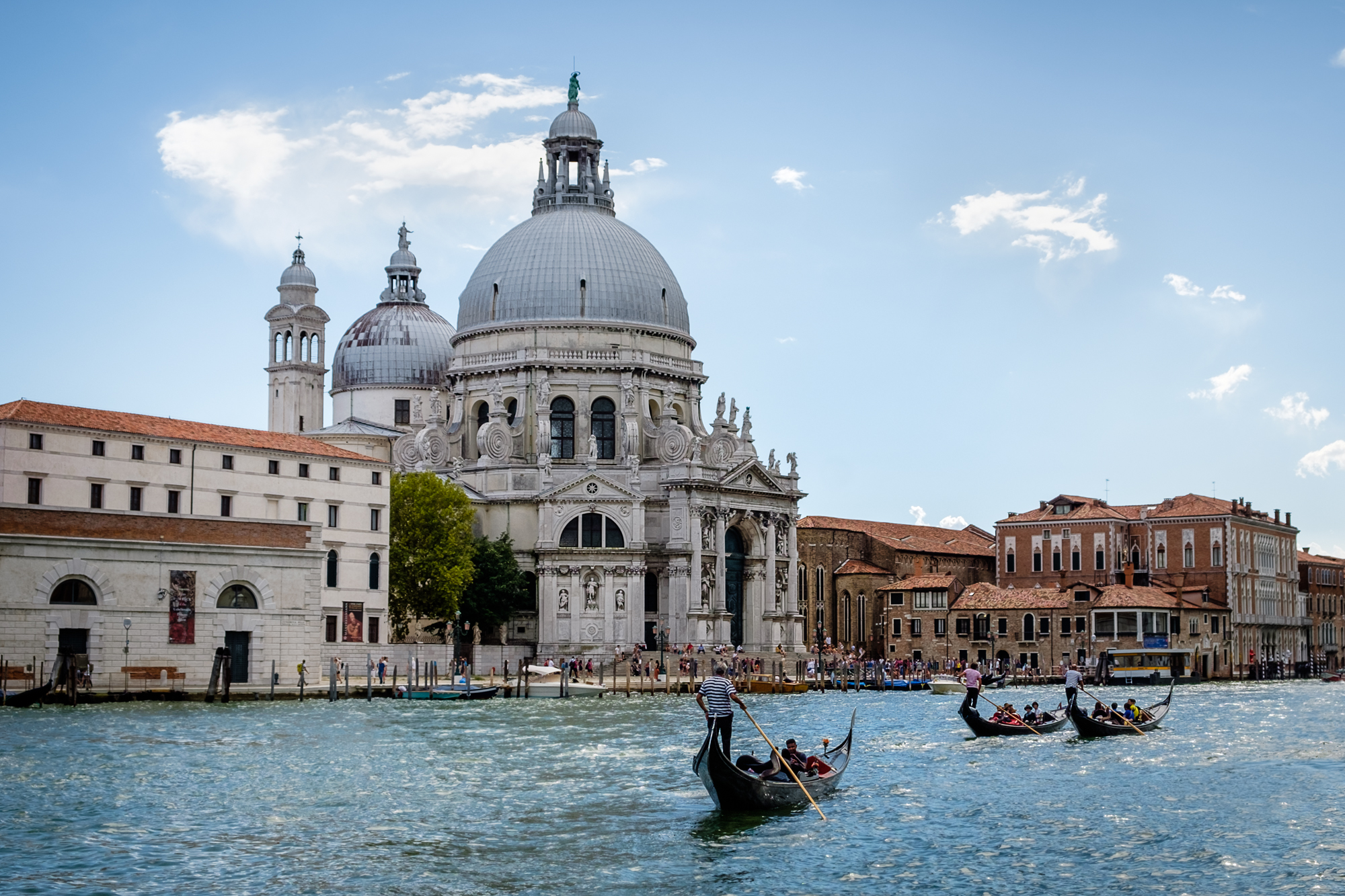 Photo of Basilica di Santa Maria della Salute by Trevor Sherwin