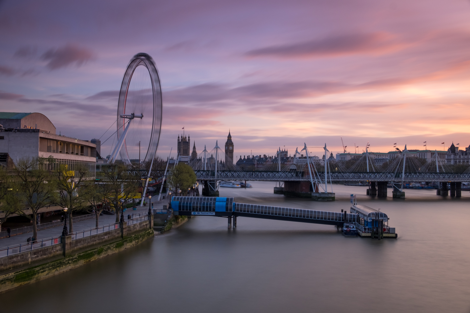 Photo of sunset at the South Bank with Levels and Vibrancy added by Trevor Sherwin