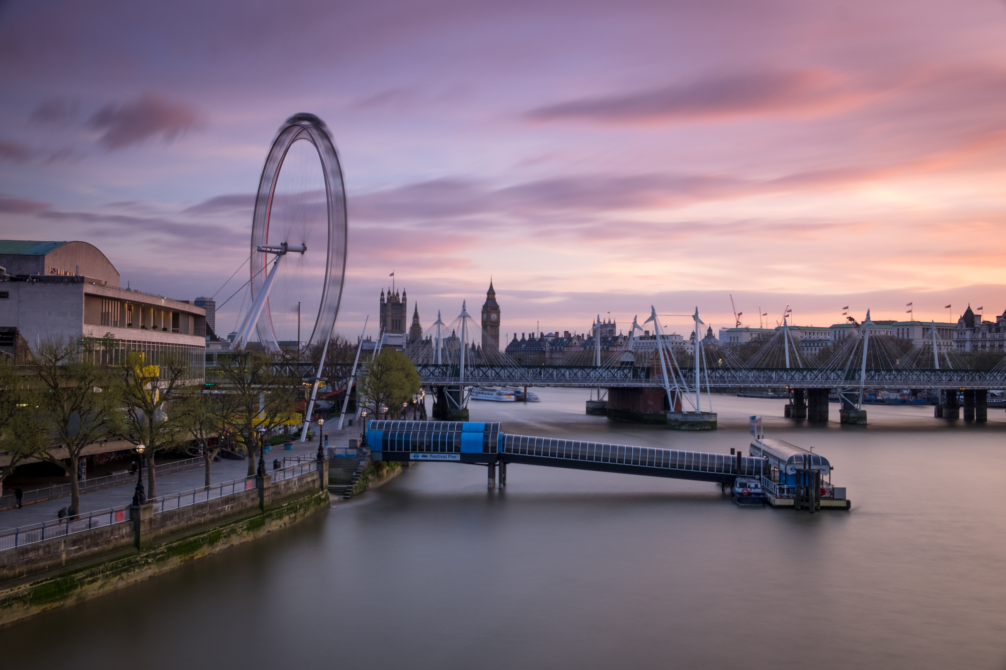 Sunset at the South Bank with lights and darks and vignetting by Trevor Sherwin