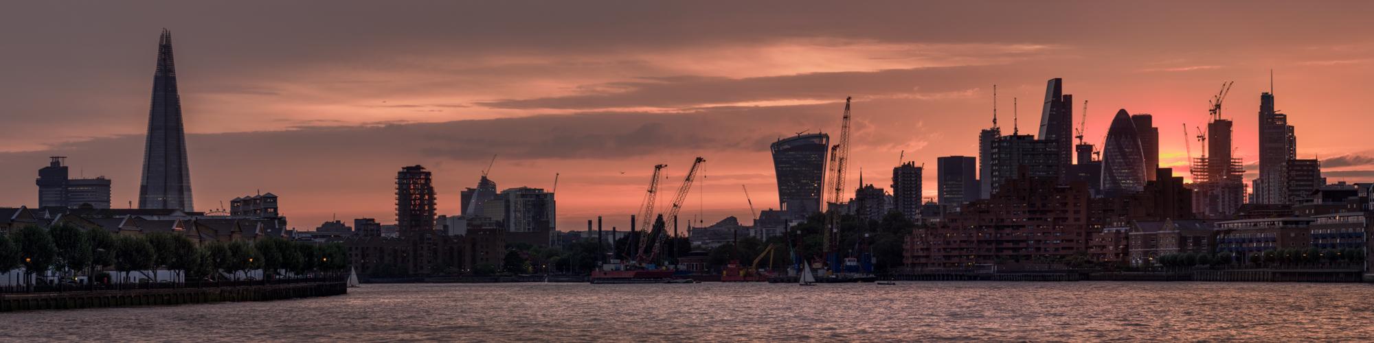 Panoramic of London at sunset taken by Trevor Sherwin
