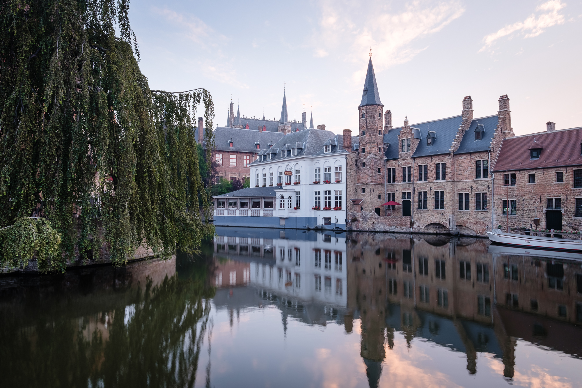 A photo of the Relais Bourgondisch Cruyce in Bruges, Belgium taken by Trevor Sherwin