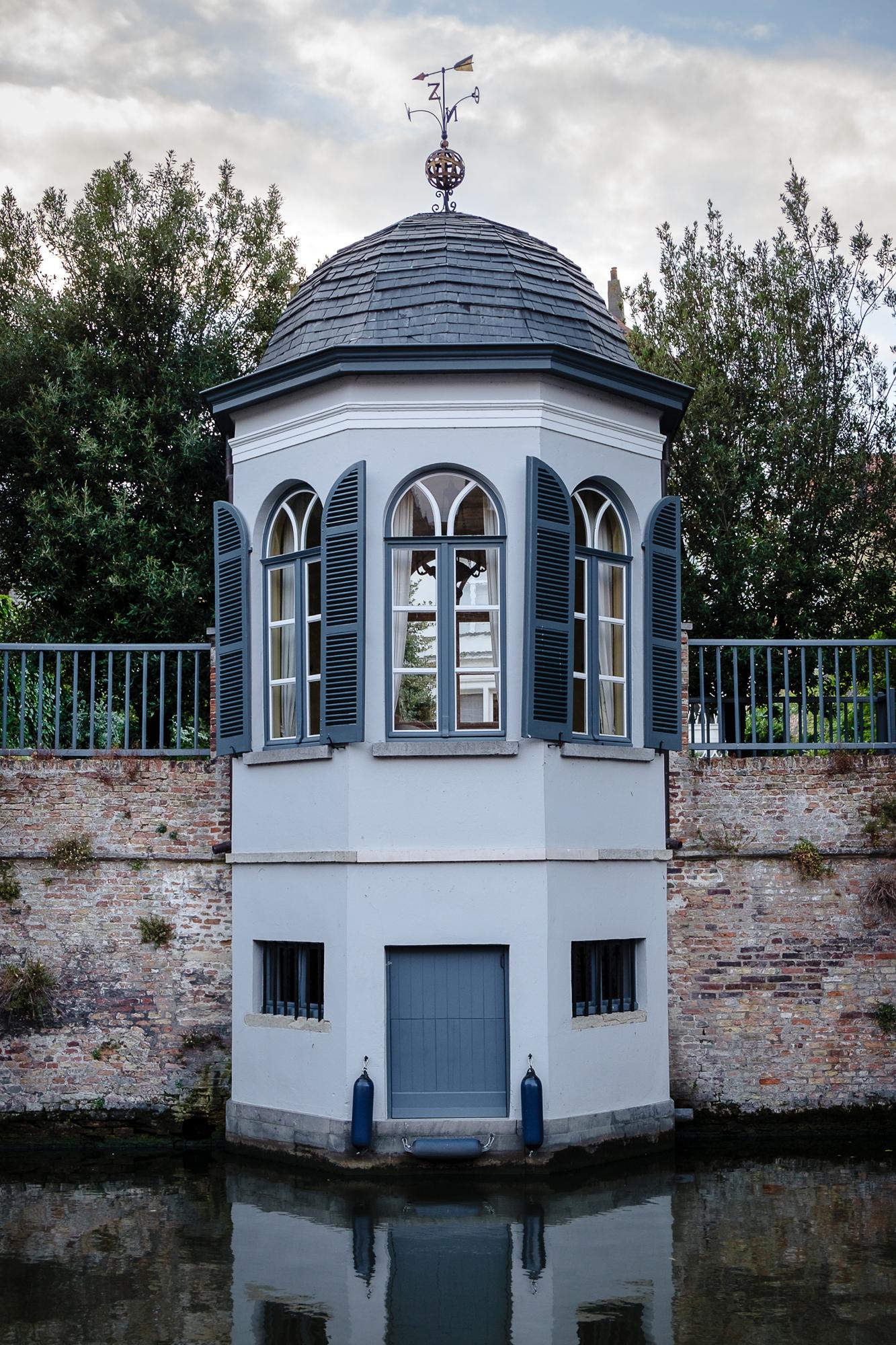 A photo along Groenerei in Bruges , Belgium taken by Trevor Sherwin